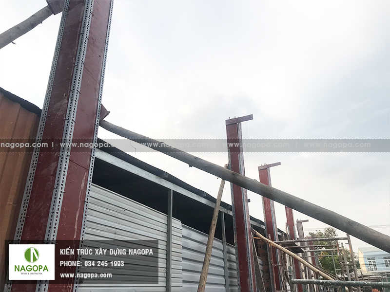 thi công đổ bê tông cột tầng trệt xây dựng nhà anh sang phú mỹ 01