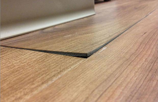 sàn gỗ bị vênh