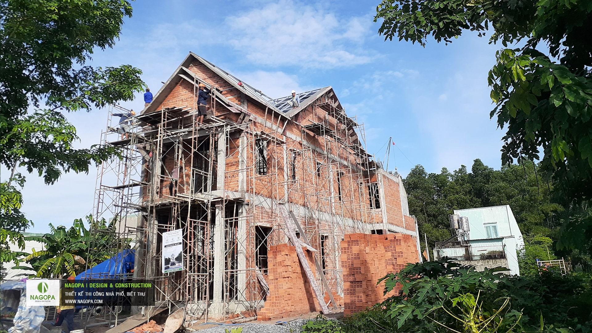 tiến độ xây dựng nhà phố chị H Thủ Dầu Một 02
