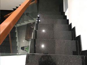 đá granite ứng dụng làm bậc cầu thang 02