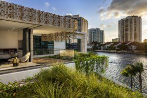 Ngôi biệt thự mặt tiền ven sông độc quyền ở thành phố Golden Beach 05